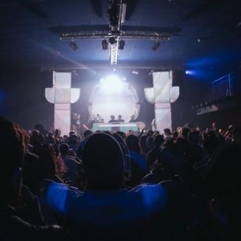 CLUB / LIVE SHOW